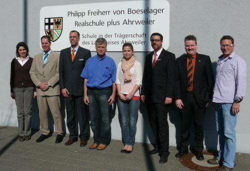 Das Experten-Team mit der 1. Konrektorin Bettina Lanzerath und Ralf Breuer