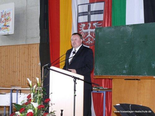 Landrat Dr. Jürgen Pföhler gratulierte unserer Schule