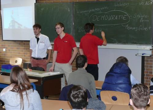 Marcel Werner, Mark Kevin Schrolle und Alex Haida (Jusos): Demokratie