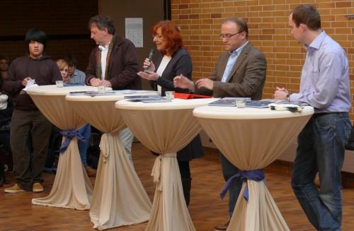 """Podiumsdiskussion zum Thema """"Schulpolitik"""""""