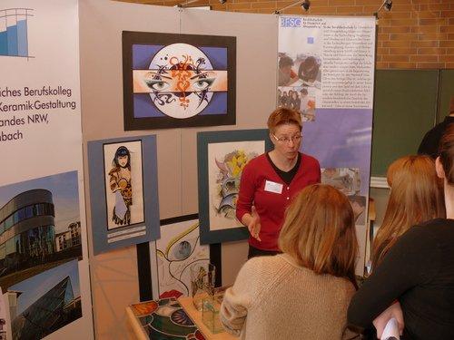Ulrike Wagener von der Glasfachschule Rheinbach