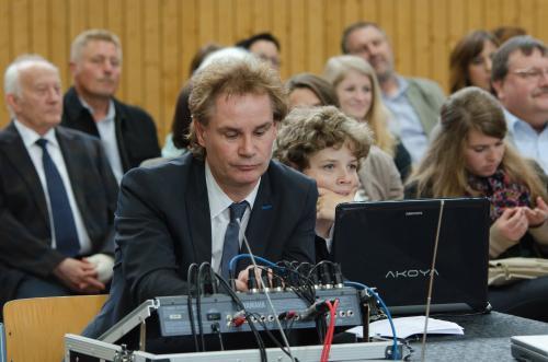 Der technische Support lag in den Händen von Dr. Becker und den Schülern Nils Piel und Lars Laubner
