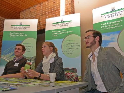 """Peter und Julian, zwei Ex-Schüler, informierten über """"grüne Berufe"""""""