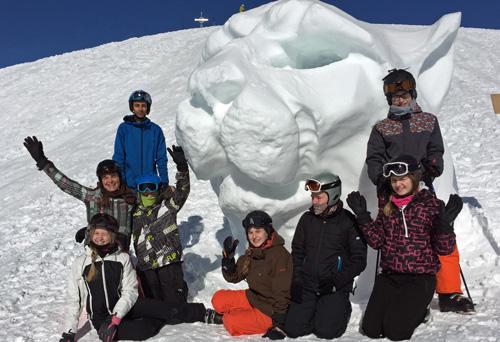 """Die """"Gruppe Steffi"""" oben am Gipfel des Klausbergs"""