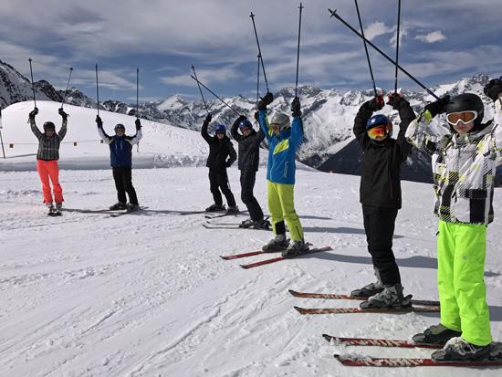 Ganz hoch hinaus - am Gipfel des Klausbergs - wollte die Skigruppe von Steffi Schneider