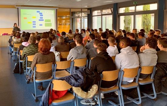 Blick in die Informationsveranstaltung zur FOS Adenau