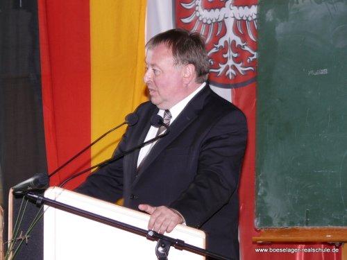 Landrat Dr. Jürgen Pföhler würdigte die Boeselager-Realschule