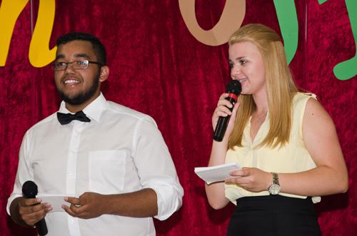 Führten unterhaltsam durchs Programm: Benjamin Nohles & Celina Louis