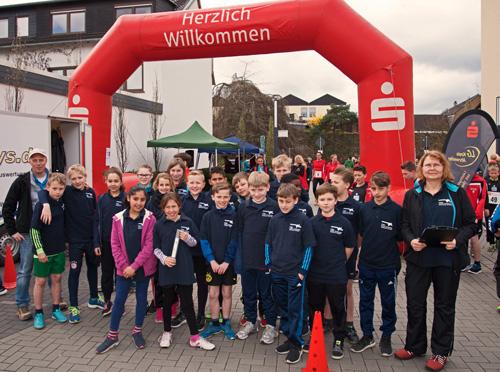 Das erfolgreiche Team der Boeselager-Realschule vor dem Start
