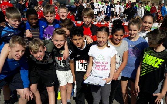 Die Staffel der Klasse 6d bei der Ahrkreisstaffel 2017 – ihre Endzeit: 2:54:29