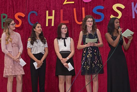 Die fünf Damen von der Schülervertretung